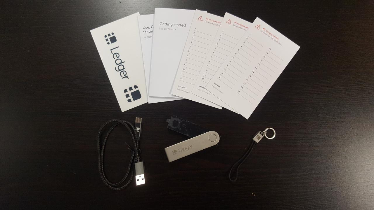 Ledger Nano X - Contenu de la boîte